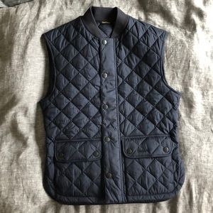 Barbour Men's Oakwell Quilted Vest, Sam Heughan